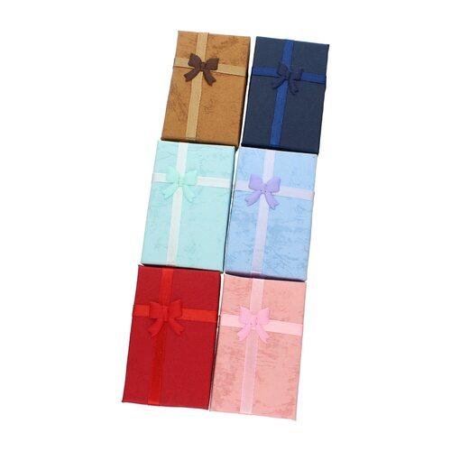 Caja Conjunto Pequeña Color al Azar